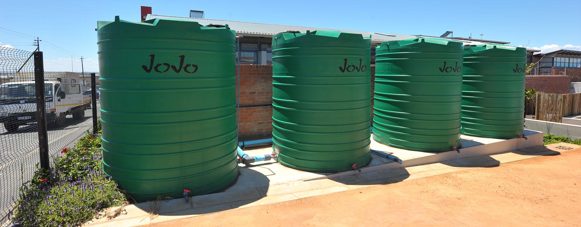 Rain water tank green building africa digital media group for Rain harvesting system design