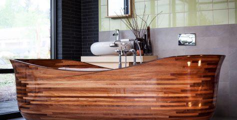 The Eco-friendly Wooden Bath