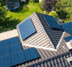 Batteries Double CO2 Savings in Households with Solar PV Systems